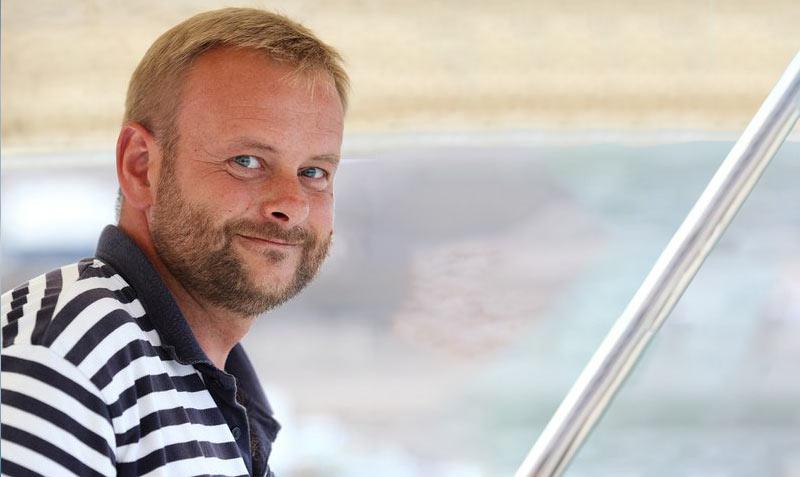Kapitan Tomek Grala. Oceanis Rejsy po morzu Jońskim, Grecji - czarter jachtów i wynajem